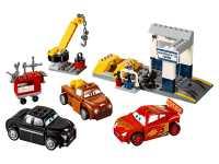Конструктор LEGO Juniors 10743 Гараж Смоуки
