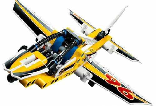Конструктор LEGO Technic 42044 Самолет пилотажной группы