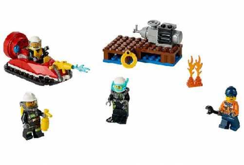 Конструктор LEGO City 60106 Набор для начинающих пожарных