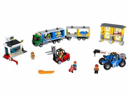 Конструктор LEGO City 60169 Грузовой терминал
